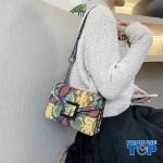 Geanta galbena fashion cu catarama din metal si bareta din lant  Vibrant Colors ACGD210