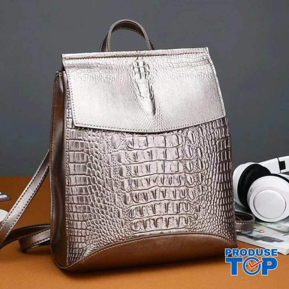 Rucsac dama metalizat  fashion din piele eco imitatie sarpe cu clapeta bronze ACRD117