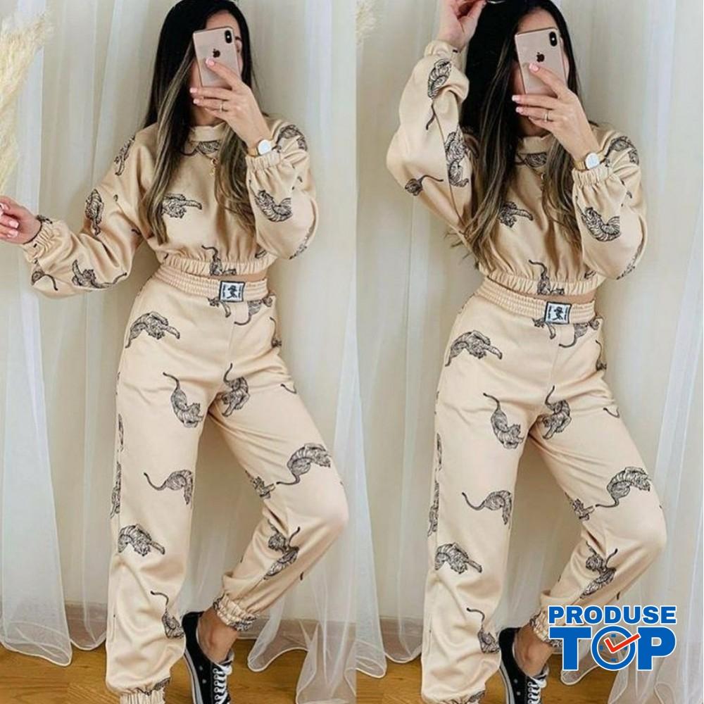 Trening Dama Fashion beige cu pantaloni cu talie inalta si bluza scurta Tigru TND08